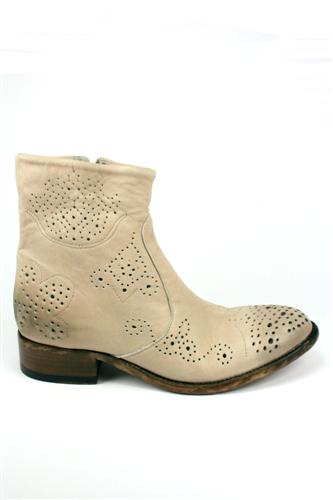Perforated Boots White, CATARINA MARTINS