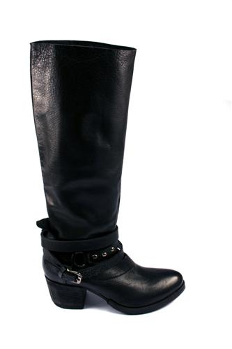 Boots Black Leather, STRATEGIA